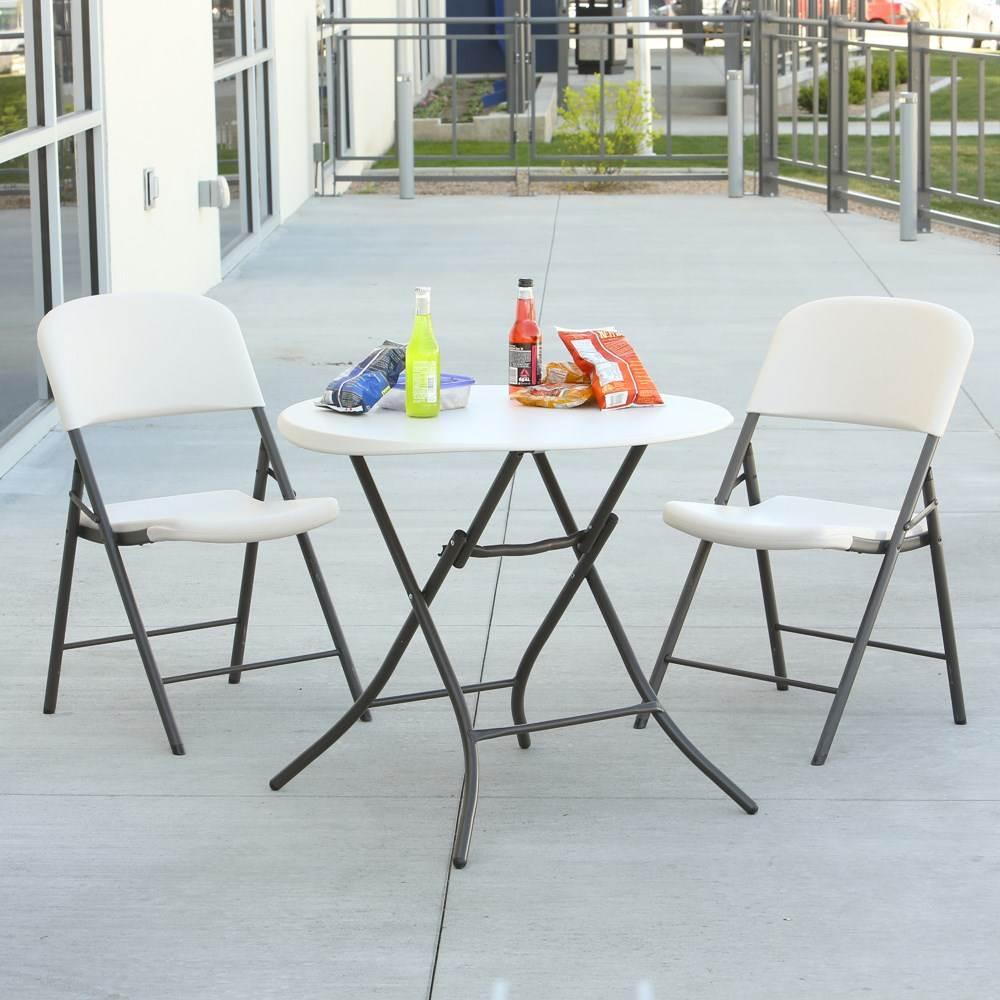 Table pliante ronde dia 84cm 2 4 personnes table pliante table pliante poly thyl ne for Table pliante 2 personnes