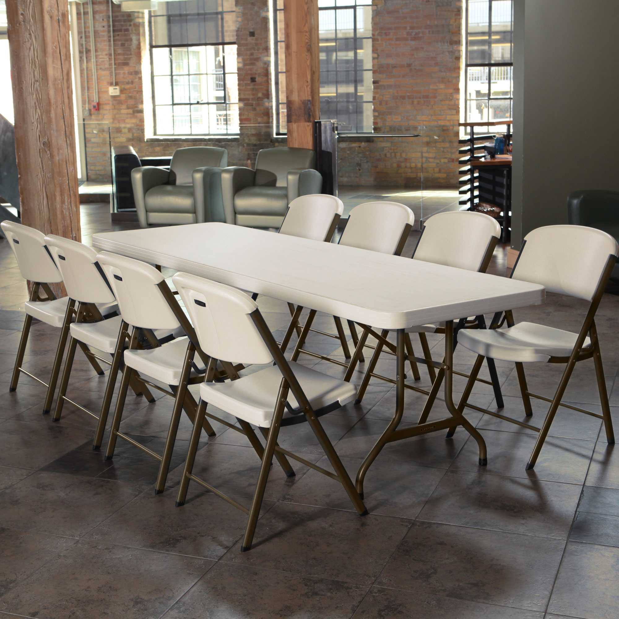 Table pliante rectangulaire 244cm / 10 personnes